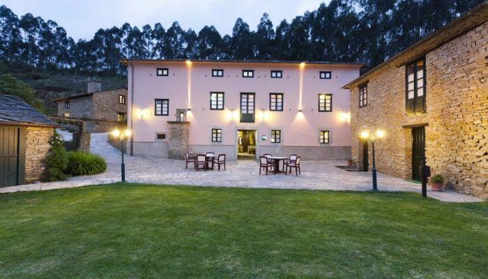Dónde alojarse si visitas la Casa Museo Cunqueiro y A Mariña Lucense - Finca Goleta
